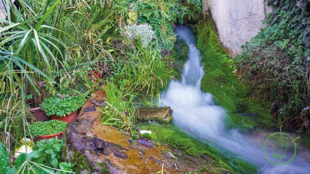 Barrio de la Plaza de los Toros | Agua por el Antiguo Molino Harinero | Free Tour En Tu Mano | Frailes