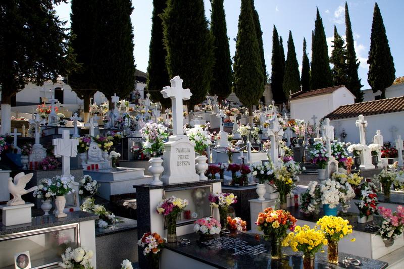 Cementerio | Interior